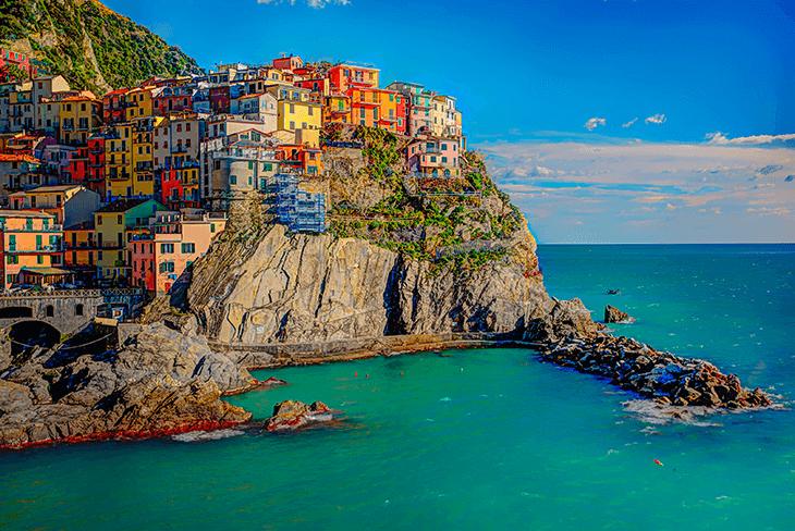 Where to Stay in Cinque Terre: Manarola