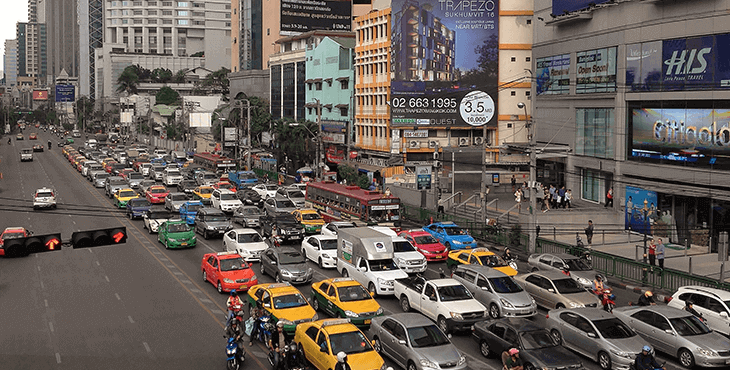 Sukhumvit: the best area to stay in bangkok for nightlife