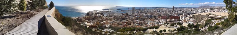 Staying in Alicante El Campello for views