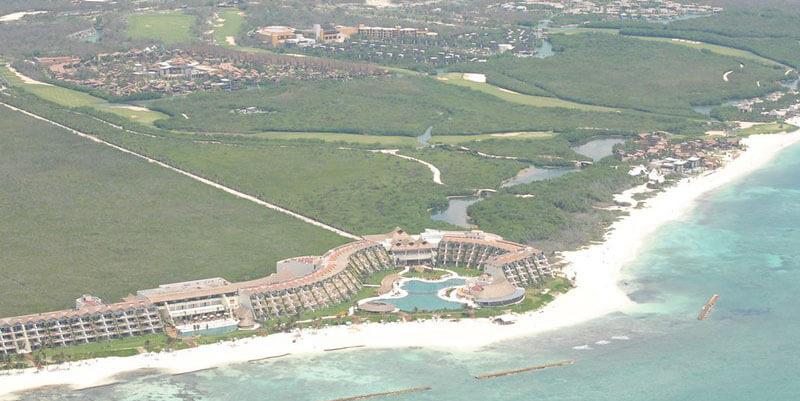 luxury area to stay in Playa del carmen: Mayakoba