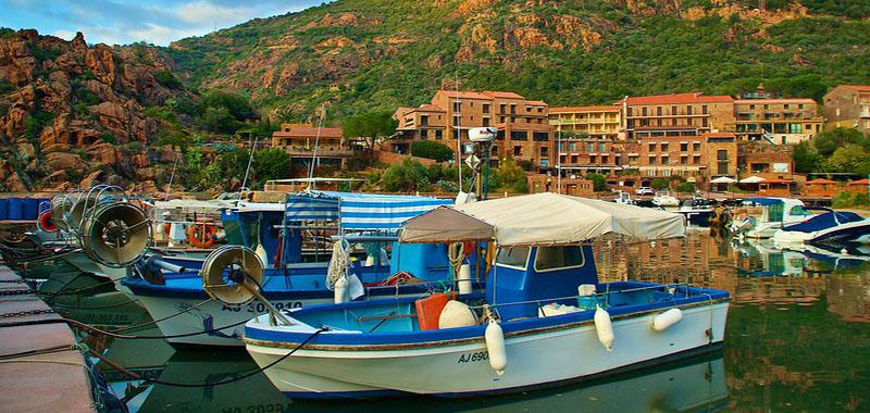 Where to Stay in Corsia: Porto corsica