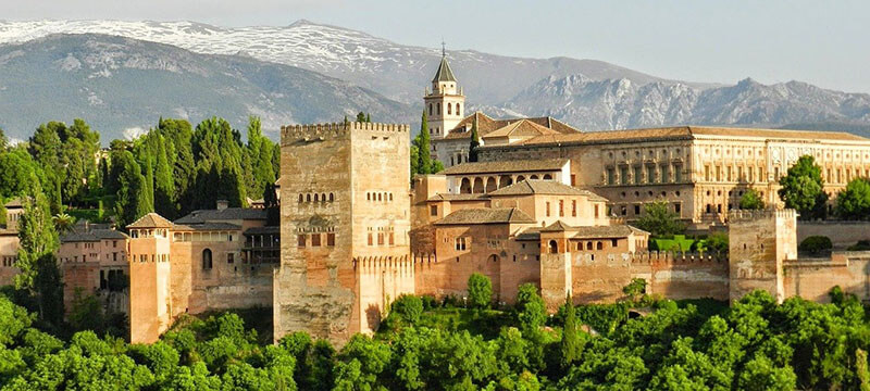 Alhambra Fortress best things to do in granada