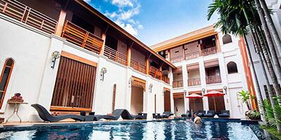 best hotels in Chiang Mai: Phra Singh Village