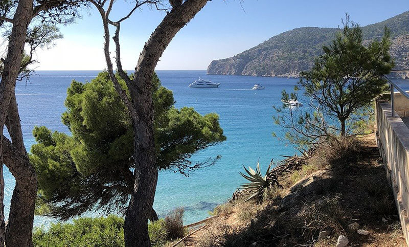 Camp de Mar best area in mallorca for walking hiking family