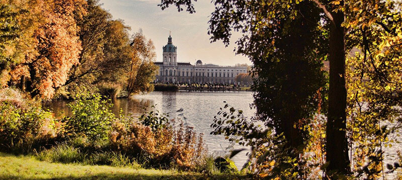 where is the best area to stay in Berlin for family shopping: Charlottenburg