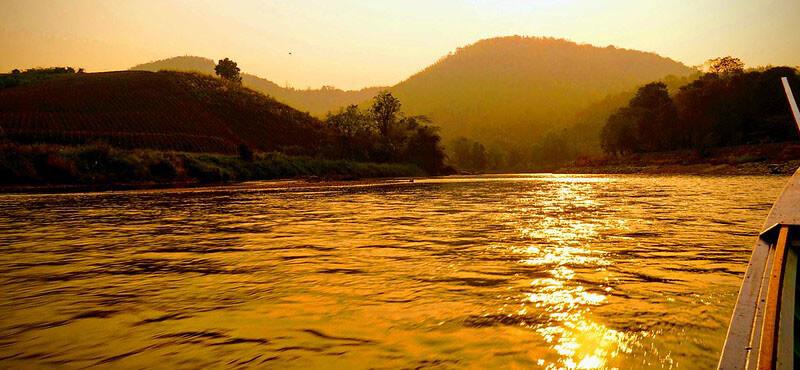 where to stay in chiang mai: Chiang Rai riverside