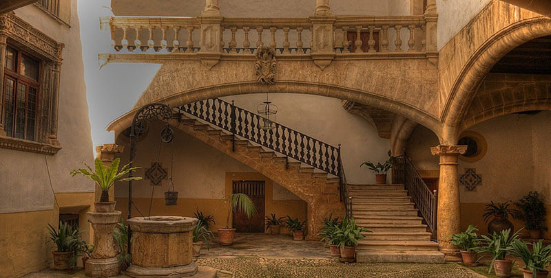 Palma Mallorca where to stay for history culture