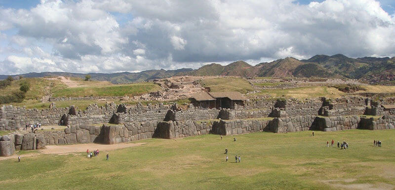 sacsayhuaman where to stay in cusco