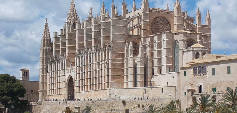visit Cathedral Of Santa Maria Of Palma Mallorca