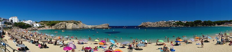 Arenal D'en Castell where to stay on menorca with children
