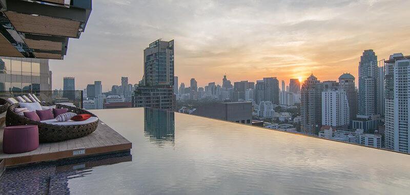 Best Luxury Hotels in Bangkok with Infinity Pool:  Hotel Indigo Bangkok Wireless Road