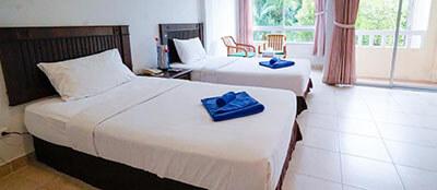 Best Hotels in Phuket: Karon Living Room