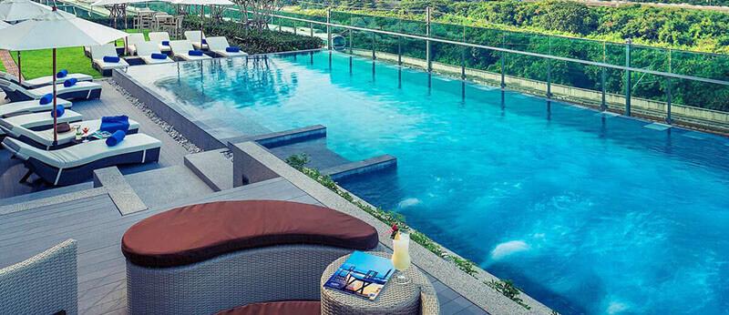 Best Luxury Hotels in Bangkok with Infinity Pool: Mercure Makkasan
