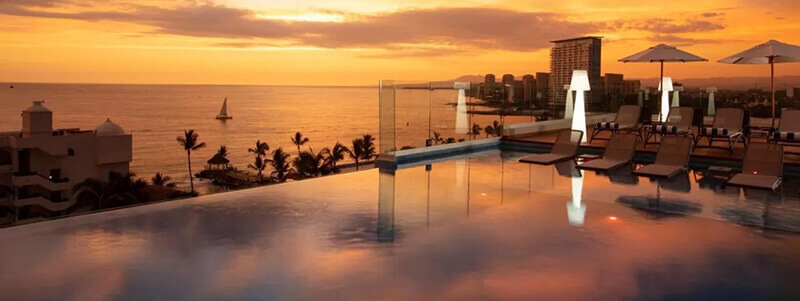 Best Hotels in Puerto Vallarta: Crown Paradise Golden