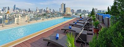 best mid-range hotel in Chinatown