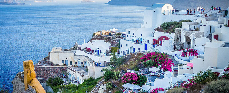 Where to Stay in Santorini: Oia