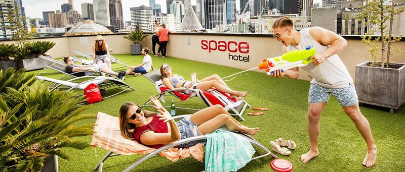 Best Cheap Backpacker Hostels in Melbourne CBD: Space Hotel Melbourne