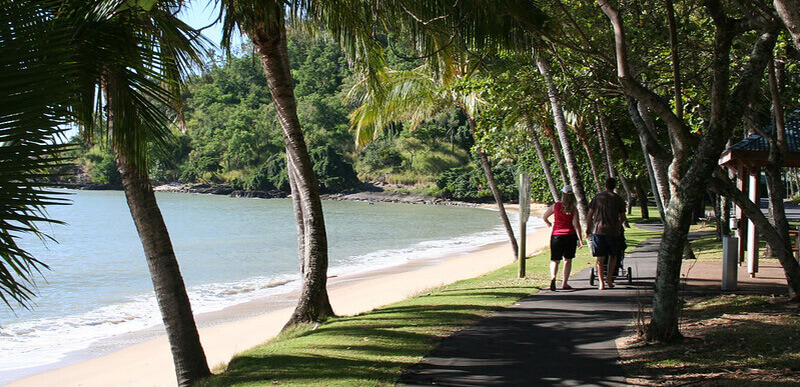 Where to Stay in Cairns Australia : Trinity Beach