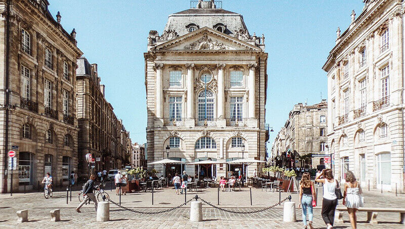Where to Stay in Bordeaux, France: downtown