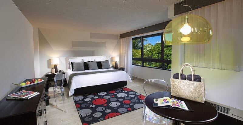 Best Cheap Hotels In Cancun: Oh! Cancun – The Urban Oasis
