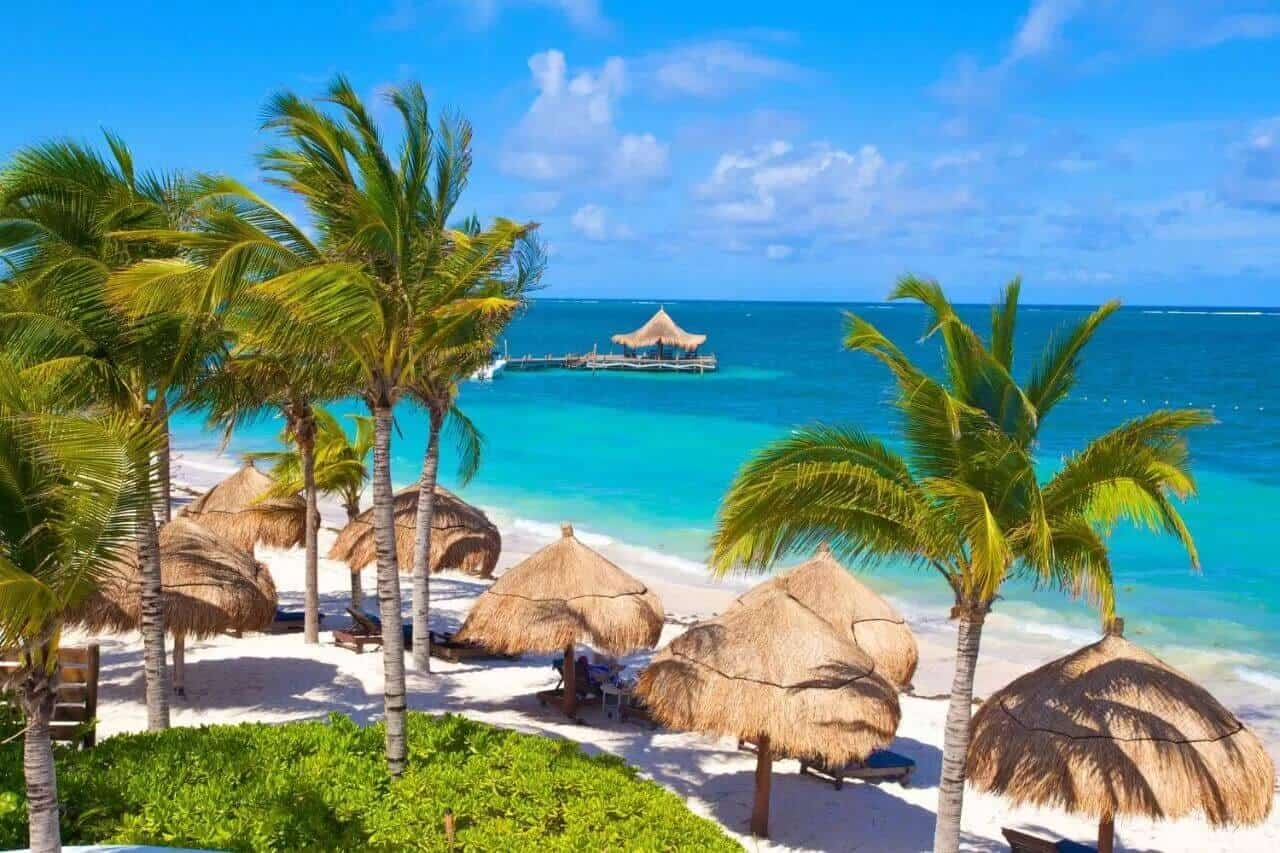Best Hotels In Cancun For Partying: Desire Riviera Maya Pearl Resort