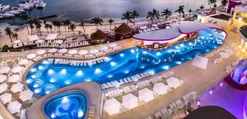 Best Hotels In Cancun For Partying: Temptation Cancun Resort – All Inclusive – Adults Only